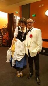 Claude Egea et EmilieAnneCharlotte dans les coulisses de l'Olympia, avec le Grand Orchestre du Splendid.